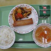 今日は中華料理です。