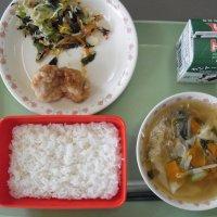 牛久食材:米・ねぎ・キャベツ・人参・玉ねぎ