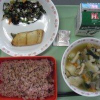 牛久食材:キャベツ・人参・小松菜・ごぼう・大根・ねぎ