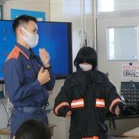 3年生消防署の方の講話