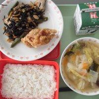 牛久食材:米・人参・ねぎ・大根・白菜・厚揚げ・味噌